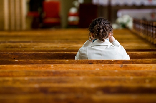 woman-alone-in-church